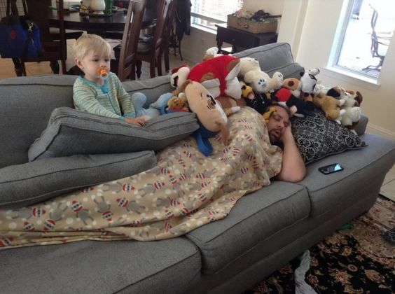 dad couch stuffed animals baby sleeping funny