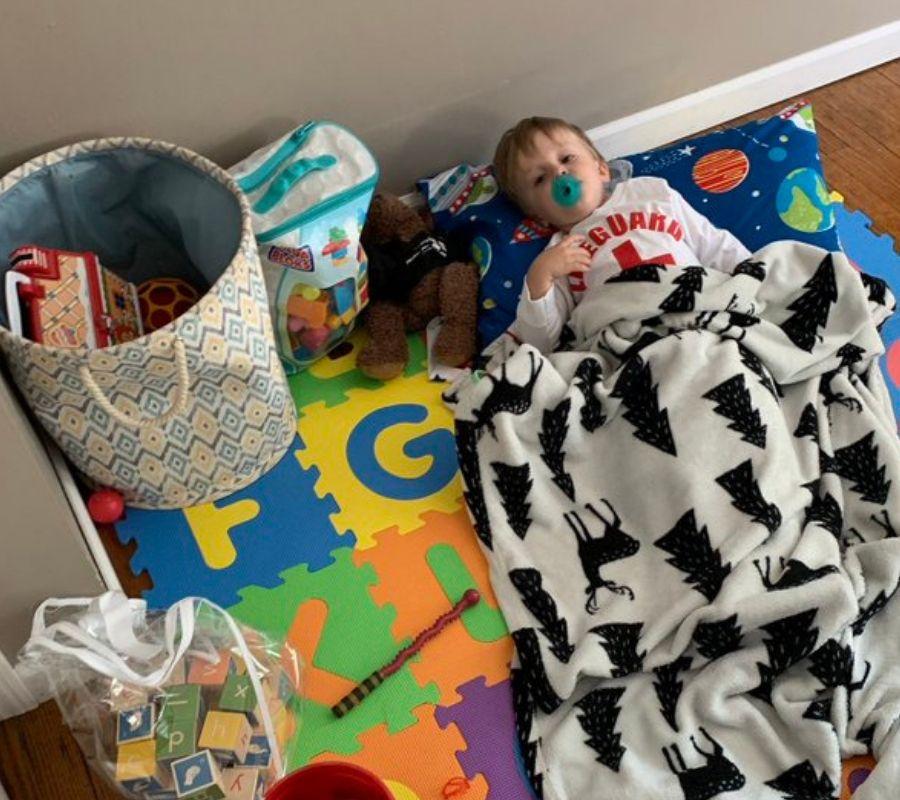 kid awake during nap time
