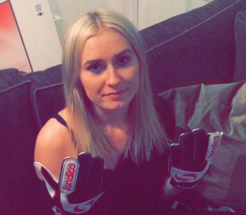 goalie gloves and girl