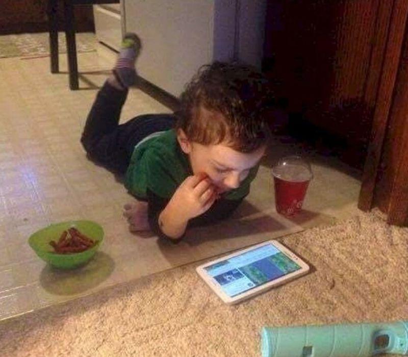 kid with food on floor