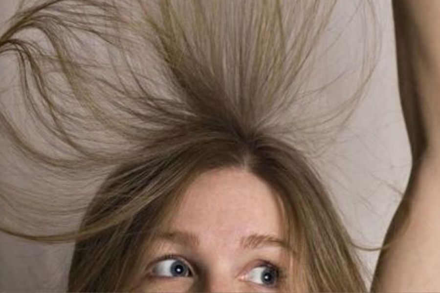 girl with staticky hair