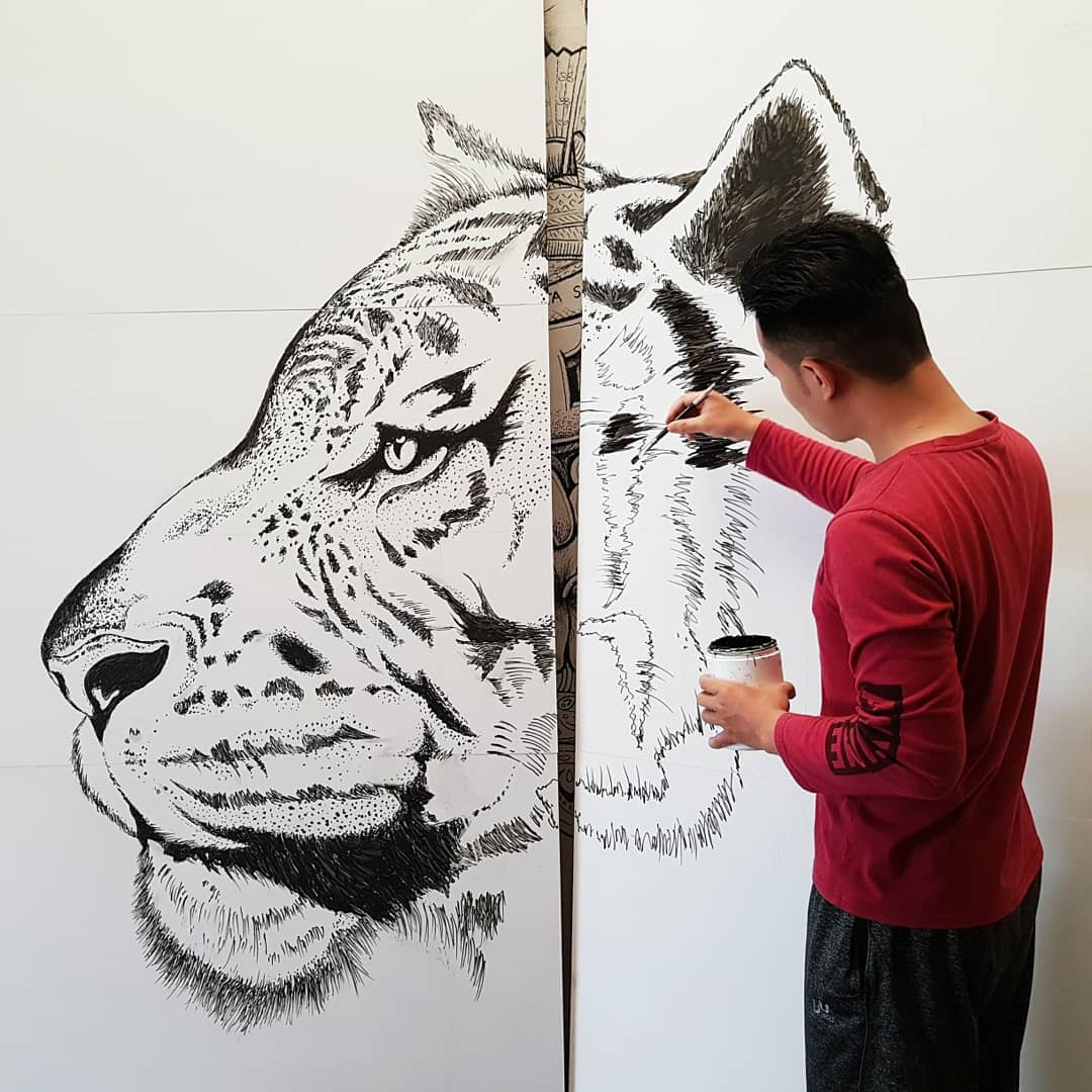 starting of painting of tiger face