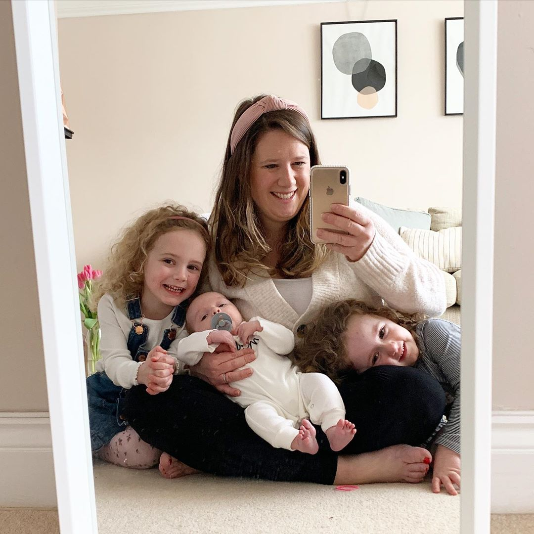 instagram mom with three kids