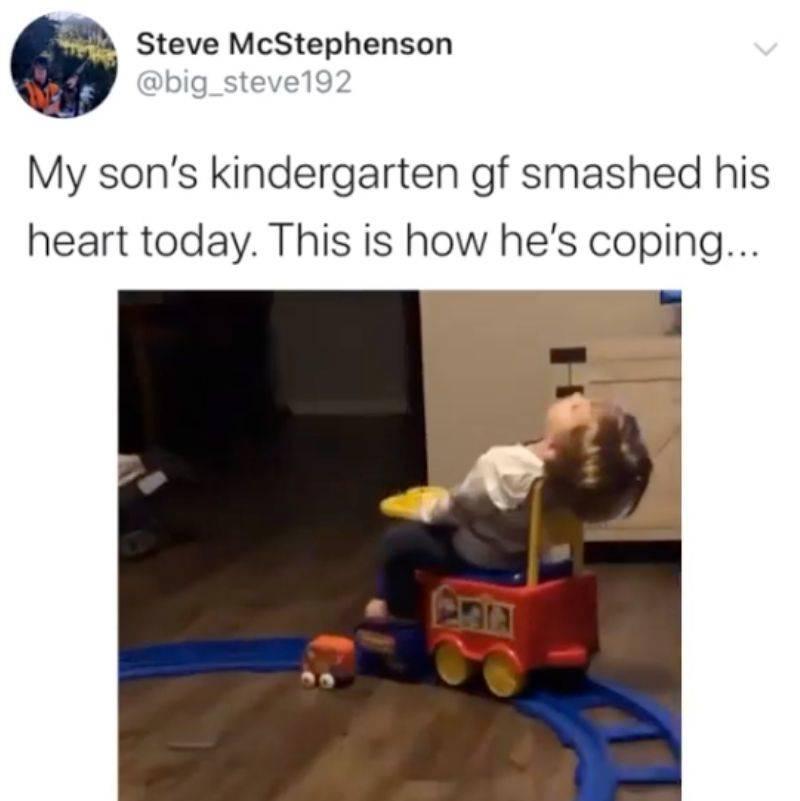 Tweet: My son's kindergarten gf smashed his heart today. This is how he's coping...