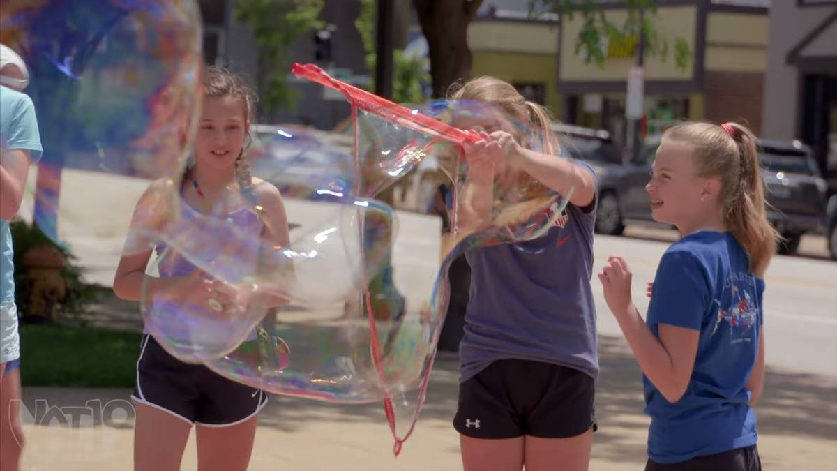 GIANT BUBBLES on City Streets