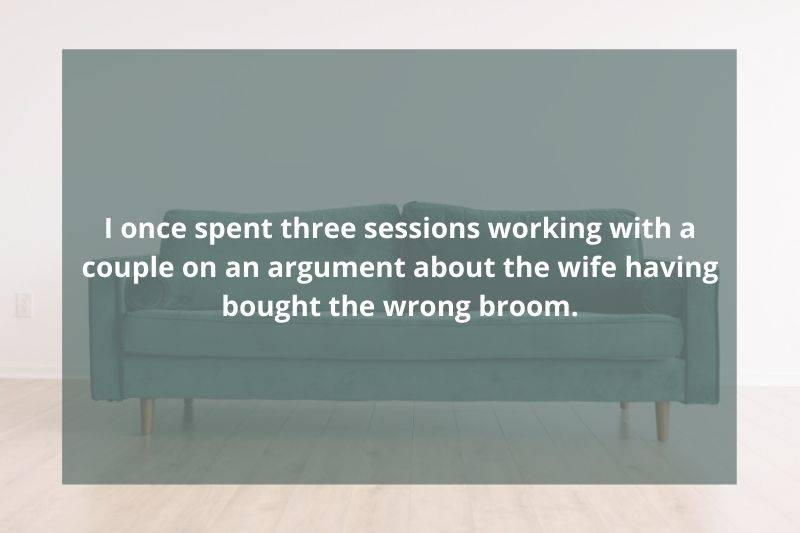 couple went to therapy because the wife bought the wrong broom