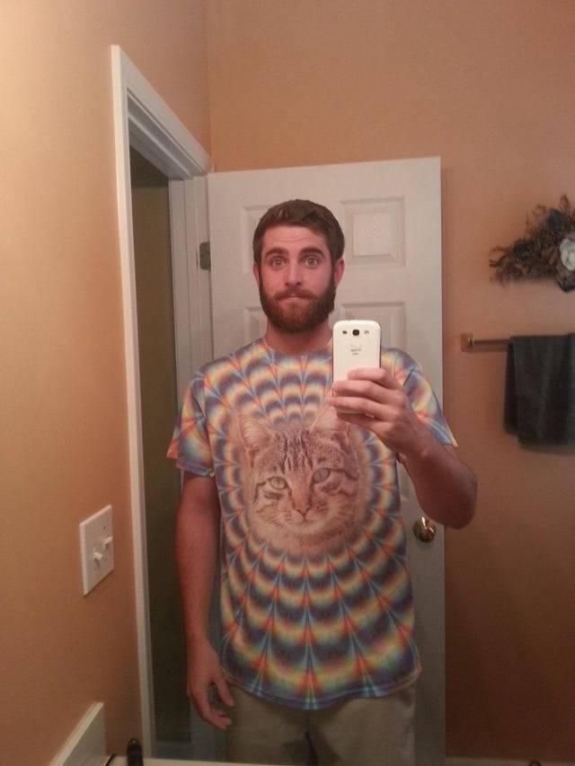 psychedelic cat on tshirt for grandson