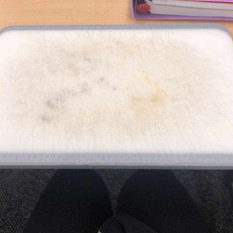 someone took a cutting board instead of their laptop