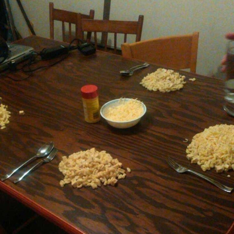 a table with piles of mac and cheese on it