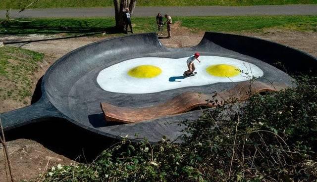 eggs and bacon skate park